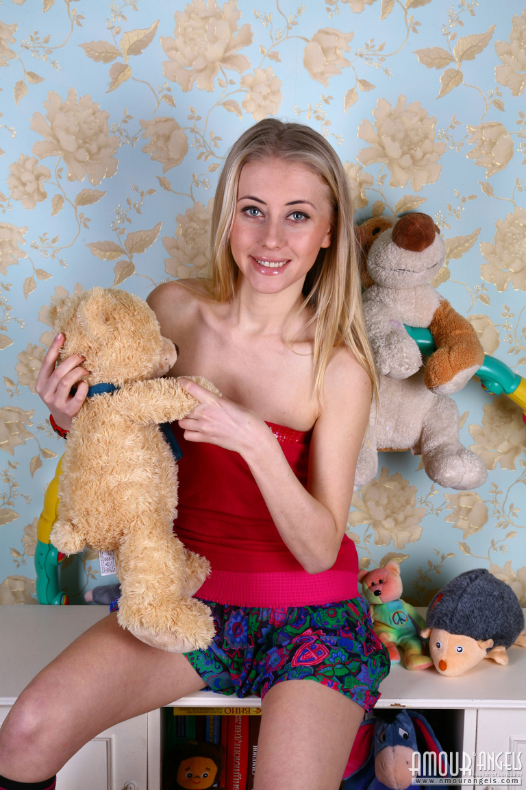 small girls nude - long haired blonde with tiny tits and virgin